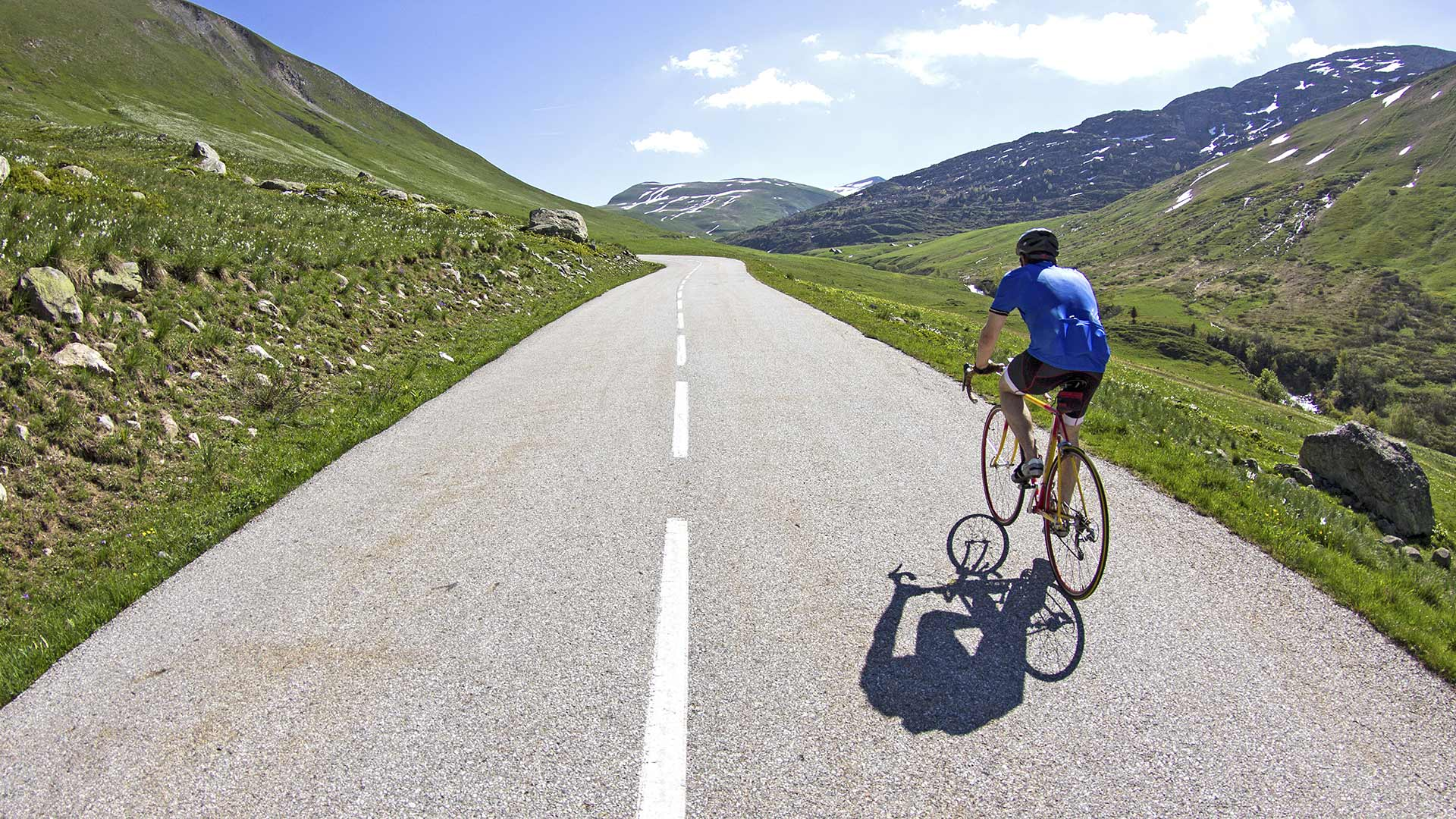Get cyclists in pain read this blog